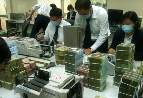 Máy đếm tiền phổ biến ở Ngân hàng Việt Nam