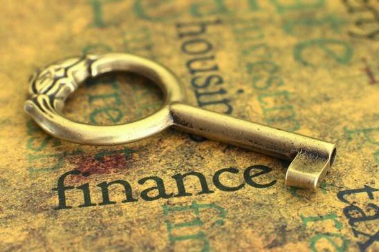 Thấu hiểu và cảm thông ngành tài chính, ngân hàng