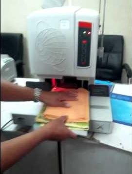Chia sẻ hưỡng dẫn sử dụng máy khoan & đóng chứng từ